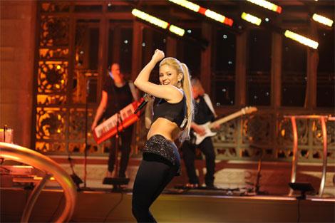 Shakira - Saturday Night Live - Did It Again