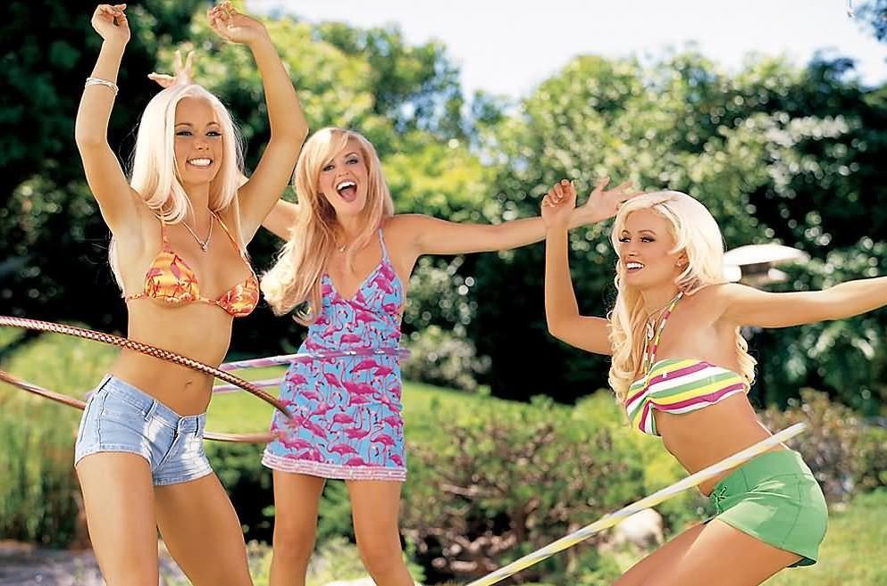 Free girls next door holly naked