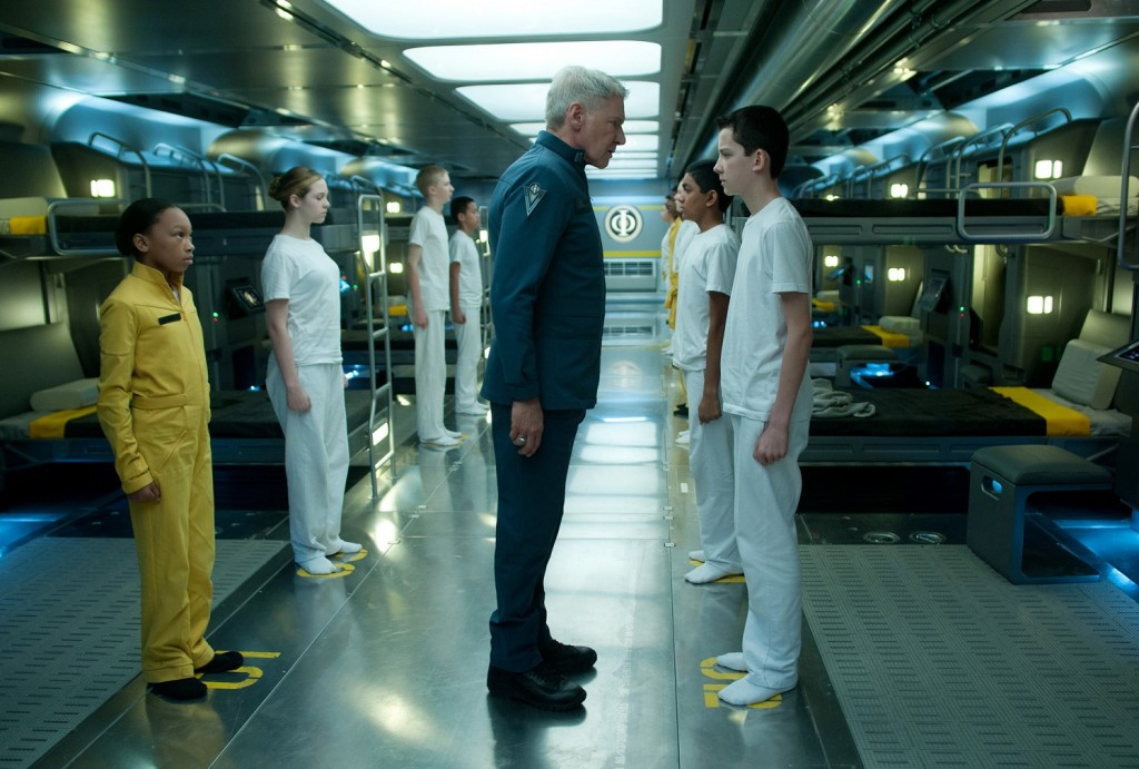 enders-game-harrison-ford-asa-butterfield1