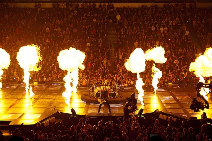 Metallica Throught The Never - www.whysoblu.com