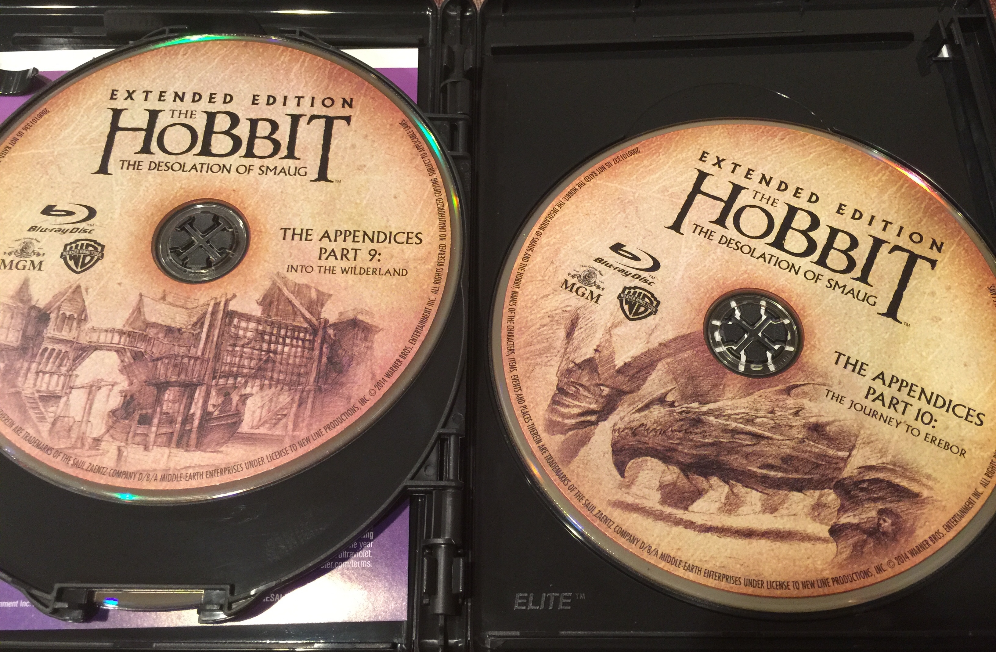 The Hobbit Desolation of Smaug Blu-ray Discs 4 and 5